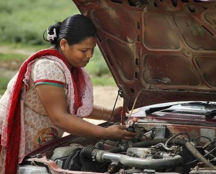 Azad Foundation India women driver mechanic training