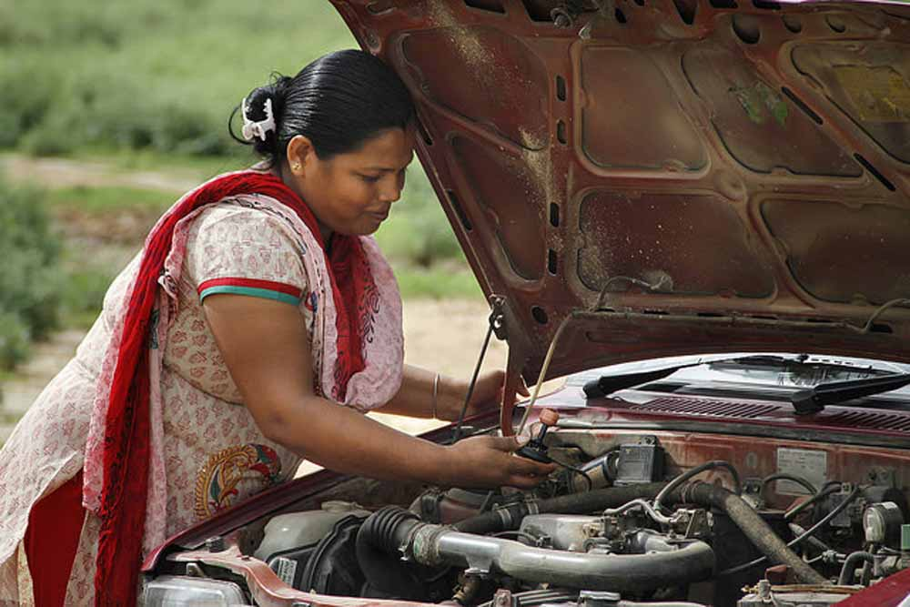 Azad Foundation India women driver mechanic training